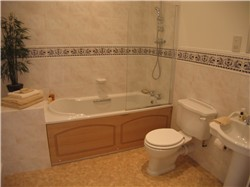 bathroom picture after home staging